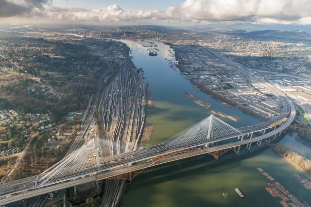 Port Mann Bridge November 2012.   Photocredit: pmh1project.com