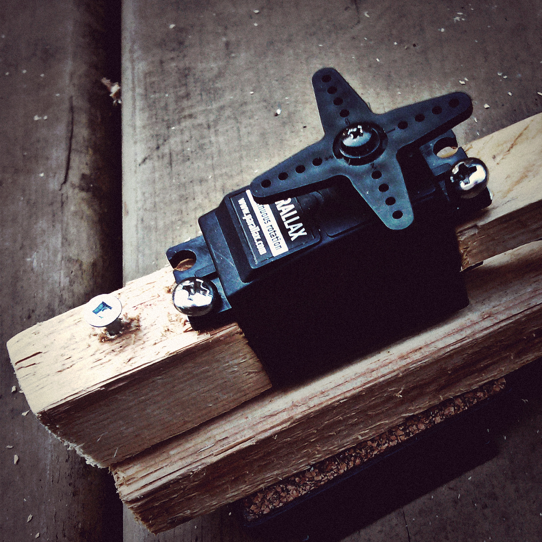_motor-wood